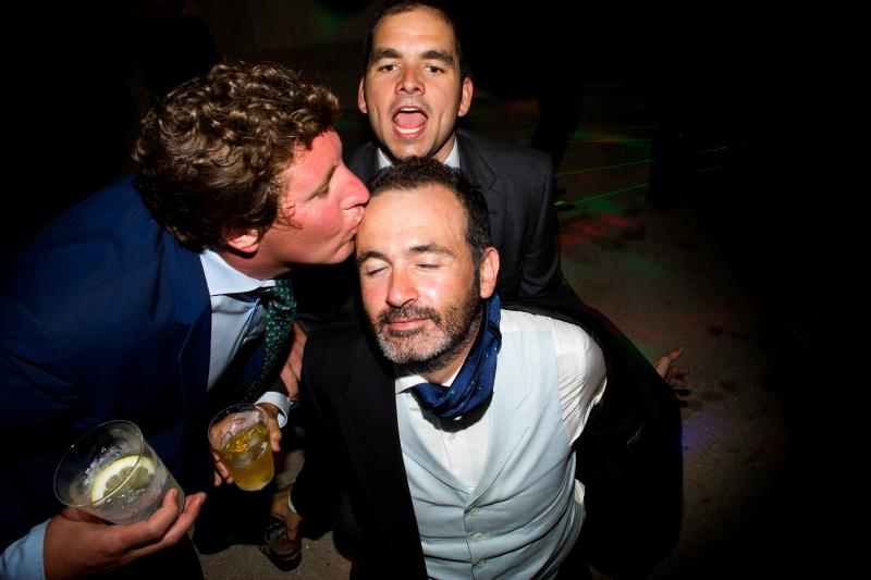 Invitados en la fiesta de una boda