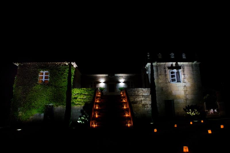 Fotografia nocturna del Pazo Porto Barreiro