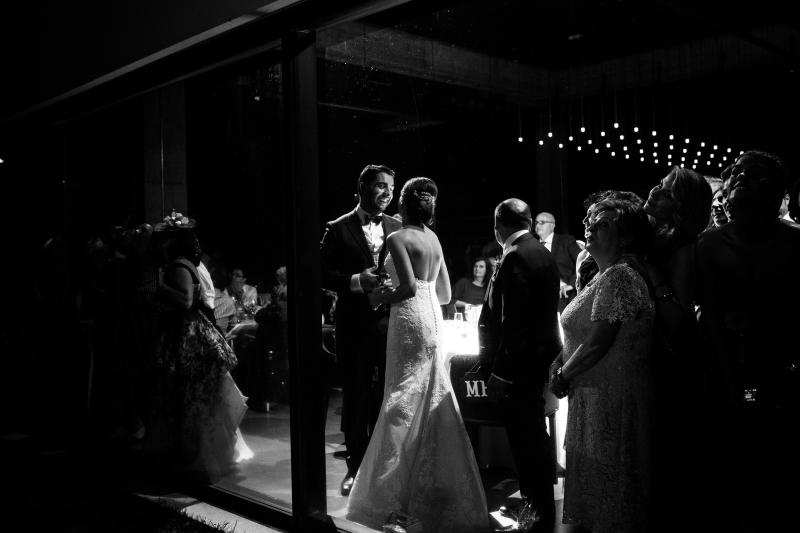 Baile de novios en la celebración de una boda