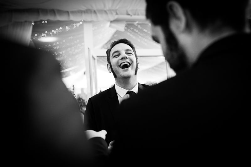 Fotografia de boda en el Pazo de Cores invitado en fiesta