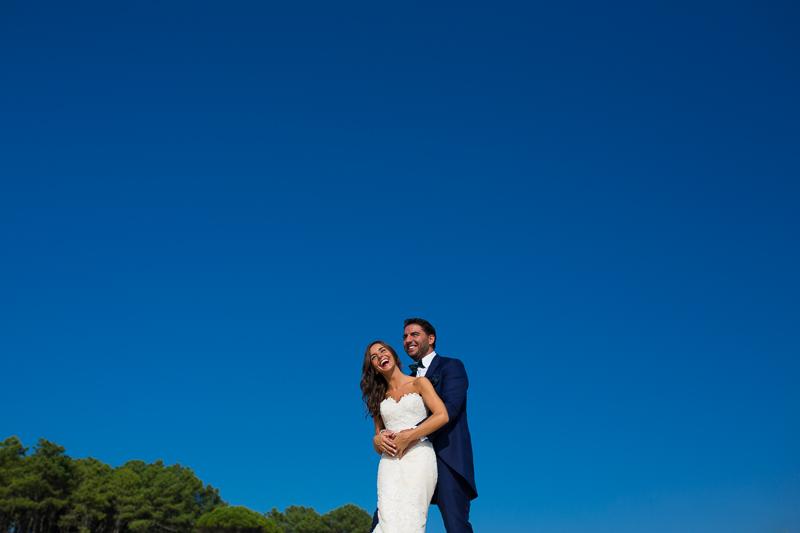 Postboda en Cabo Home pareja de novios felices
