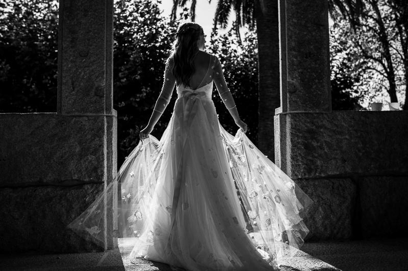 Fotografia de boda Pazo el Castriño novia con su vestido de Patricia Melendez Atelier