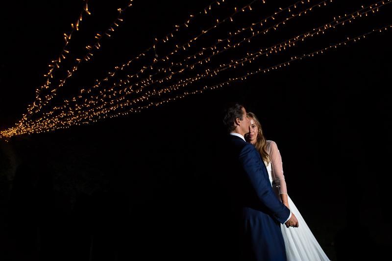 Fotografia de boda Pazo el Castriño novia y novio en una foto de pareja nocturna