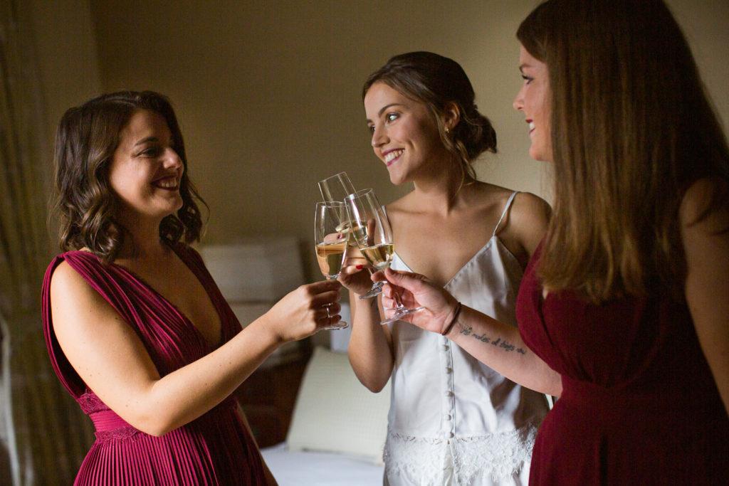 Fotografía de boda Pazo da Touza brindis preparativos