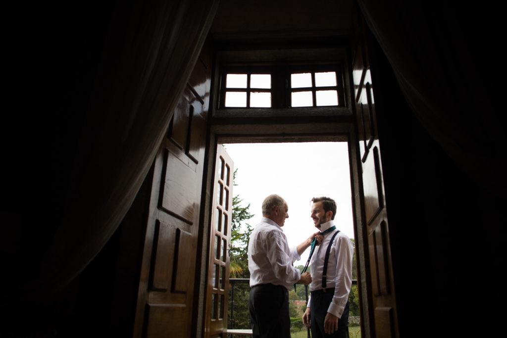 Fotografía de boda Pazo da Touza preparativos novio