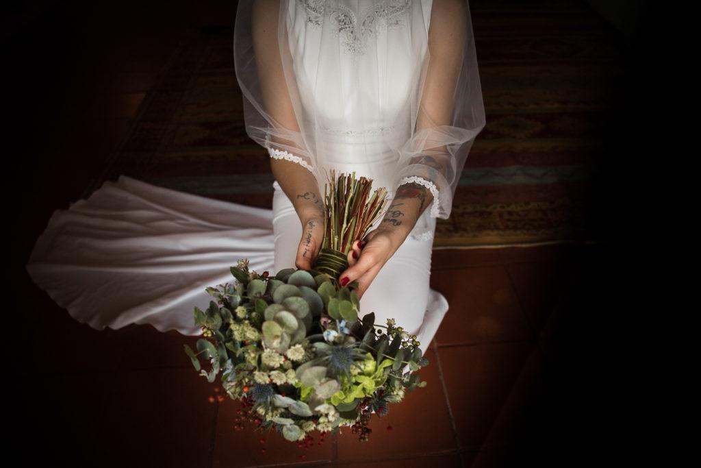Fotografía de boda Pazo da Touza detalle ramo novia
