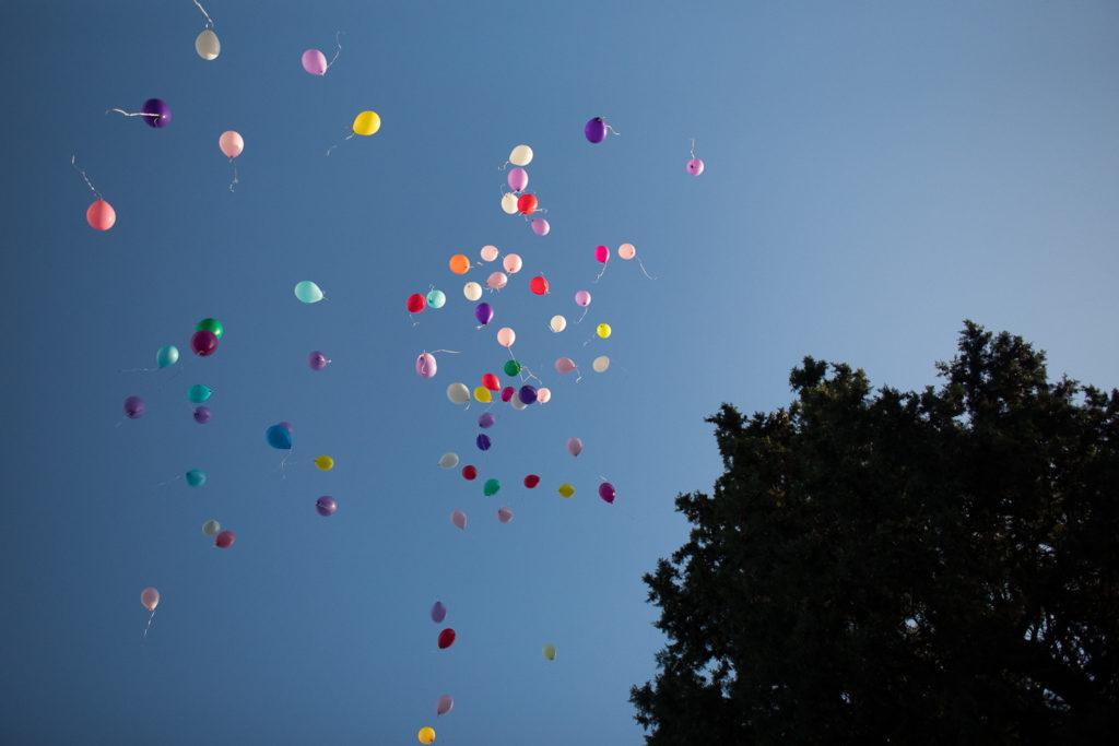 Fotografía de boda Pazo da Touza lanzamiento de globos