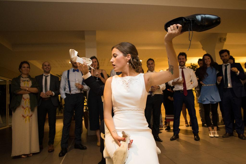 Fotografía de boda Pazo da Touza pareja de novia durante la fiesta