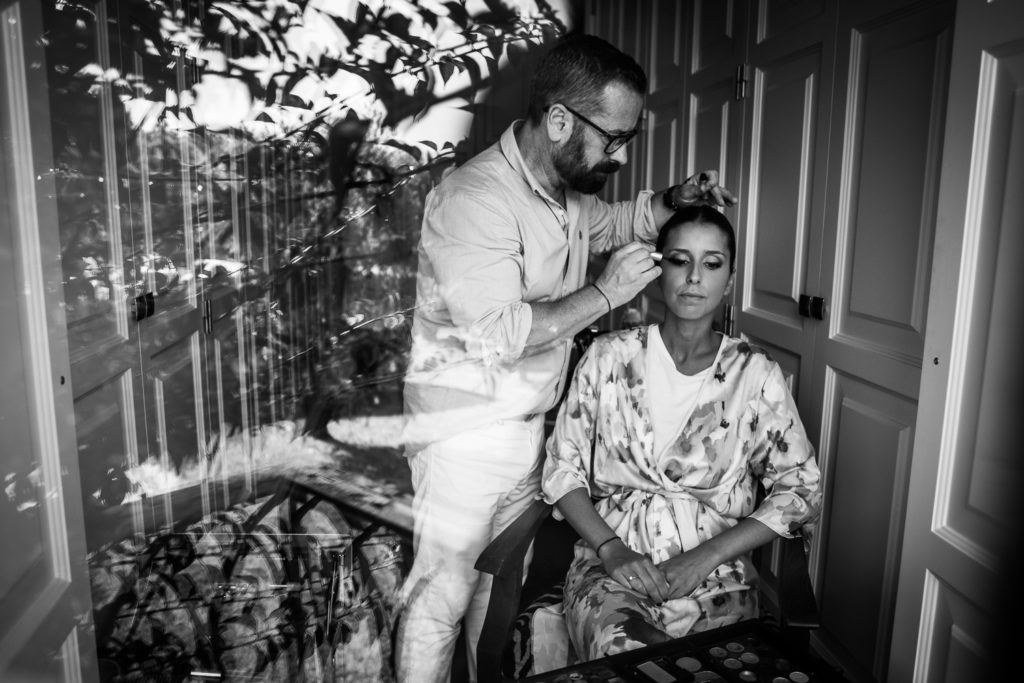 Fotografia de boda novia con el maquillador
