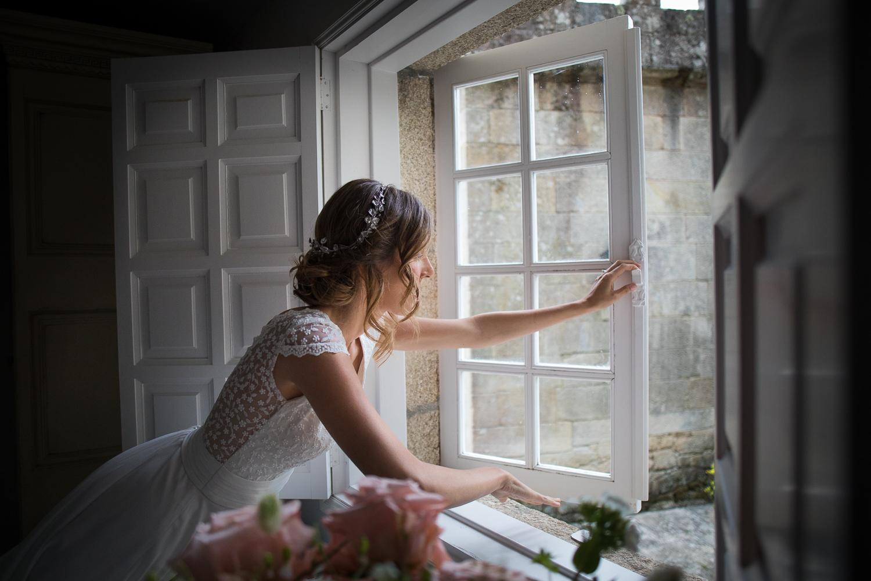 fotografía de boda novia en habitación