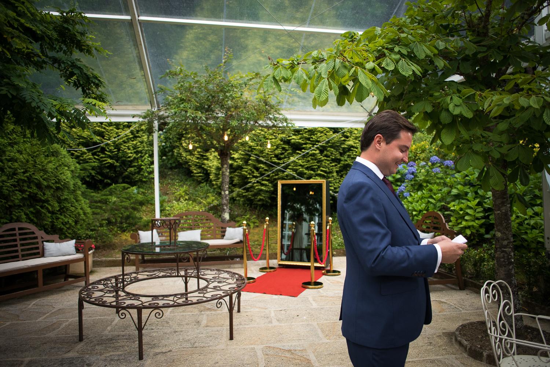 fotografia de boda novio esperando a novia