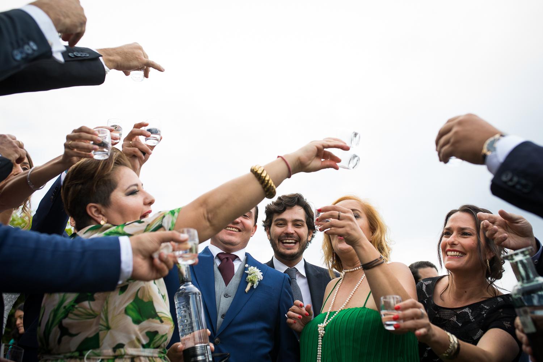 Fotografia de boda invitados en aperitivo
