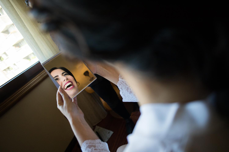 Fotografia de boda novia en el espejo