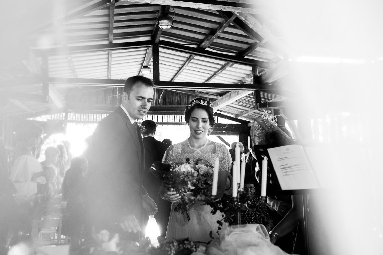 Fotografia de boda pareja de novios en la ceremonia