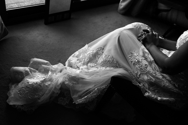 Fotografia de boda detalle vestido de novia